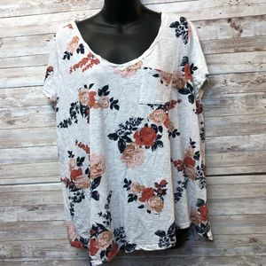 Torrid Floral Pattern White Short Sleeve T-shirt